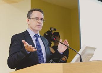 Профессор Оксфордского университета прочел лекцию для студентов и сотрудников ЮУрГУ
